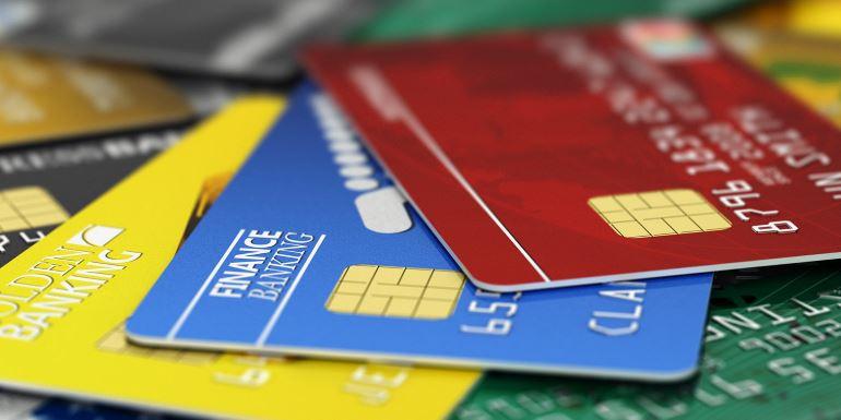 Снятие наличных с кредитной карты Совкомбанка